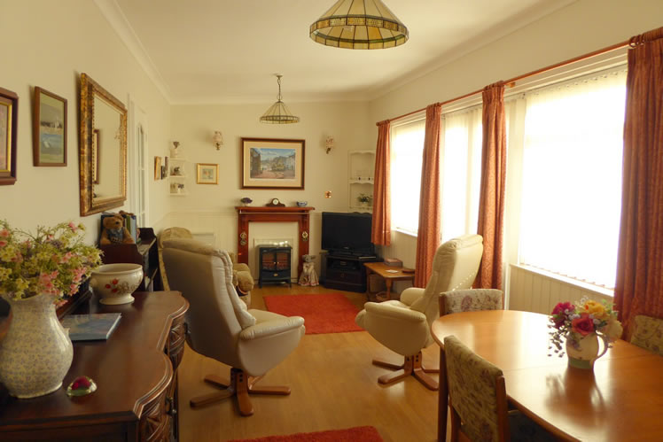 Blue Anchor Chalet, Exmoor Cottage, Self Catering Holiday Cottage Near The Sea, Beach, West